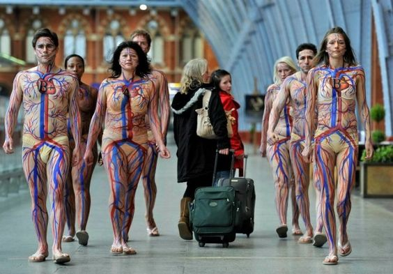 Eight British blood donors recently paraded around London painted in circulatory system body art as part of a campaign to encourage blood donation ahead of the London Olympics. The campaign is by the National Health Service.