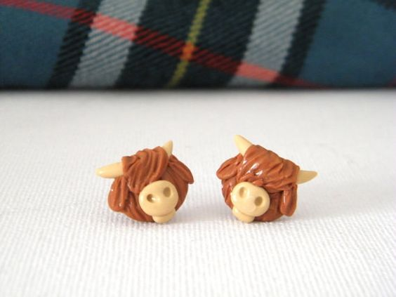 Highland Cow Earrings  Polymer clay highland by MadebyIzzyGifts