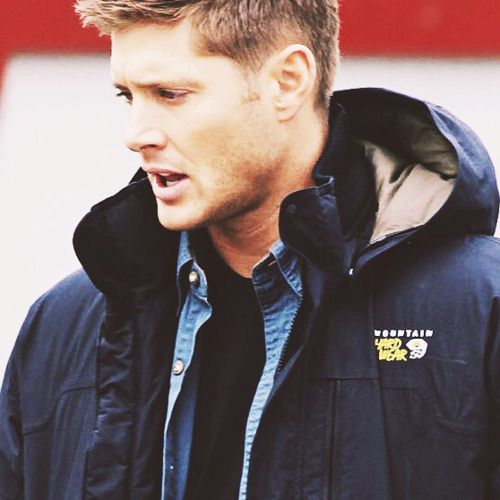 adoringjensendaily:  366 Days of Jensen Ackles || Day 067