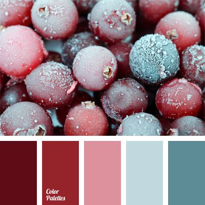 If you want to look dignified and noble, you should pay attention to this combination of colors: burgundy, red and pink. Berry shades fit together perfectly. Complemented with bright wine red, they emphasize natural beauty very favorably. They are ideal for those who appreciate classics.