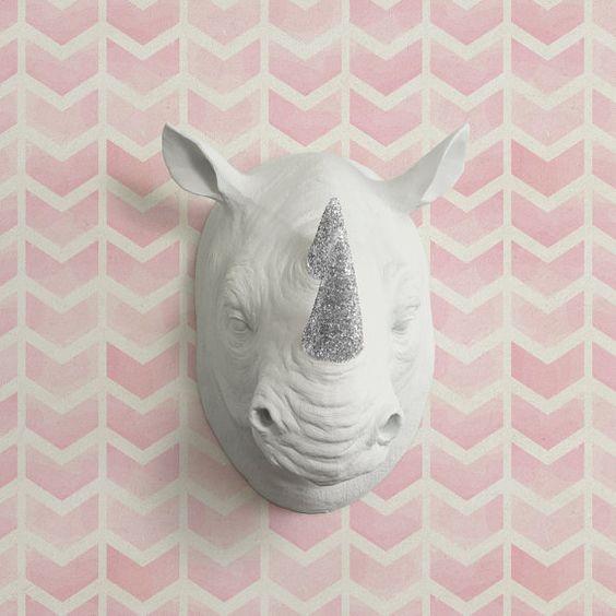 Il Serengeti in testa di rinoceronte finto bianco + argento Glitter - Rhinoceros falsi ceramica resina animali tassidermia Fauxidermy arte di plastica decorativa