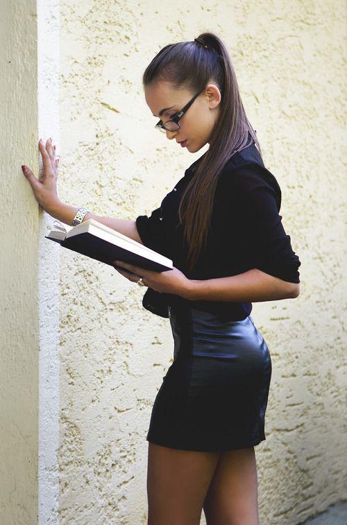 modelsbornhot: Reading is important - cocolo chronicle | via Tumblr