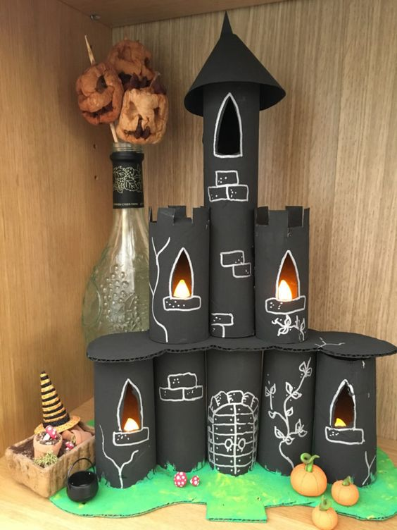 A simple Halloween Craft for children. With lights. Ideal for Halloween display. Kids will love this easy Halloween Castle.