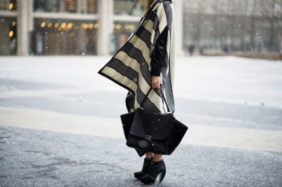 The Fashion Mood Book: Winter Street Style