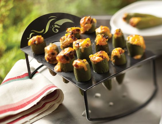 Collapsible Jalapeño Roaster - Feeling roasty? Don't hesitate to add this roaster to your Grillware collection. Its nonstick coating is PTFE/PFOA free for safe grilling and easy clean up. The jalapeño roaster holds up to 16 medium-sized peppers and can be used in the grill or oven so you can enjoy this spicy accessory year-round.