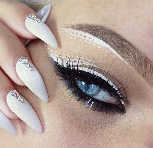 Makeup, Style & Beauty   via Tumblr