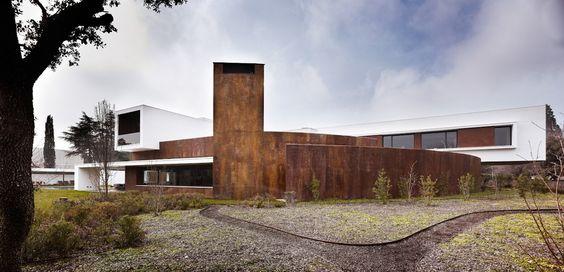 squared+: House in La Moraleja