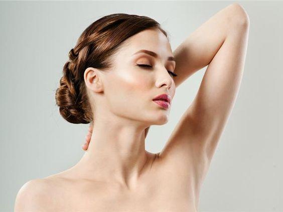 女性の綺麗な肌