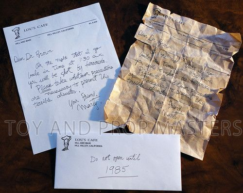 Marty McFly 1955 & aged 1985 letters to Doc Brown Back to the Future replica PROP