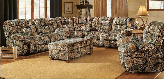Camo Living Room. Would so put this in my house if I get a log cabin like I want with knotted pine walls :)