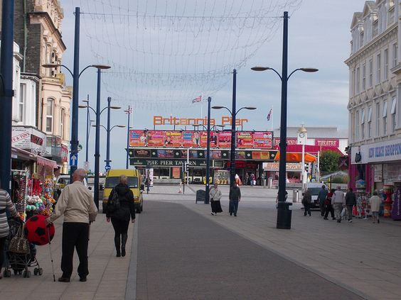 Regent Road, Great Yarmouth (Entrance to Britannia Pier)