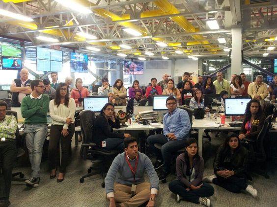#Venezuela Trabajadores de @CadenaCapriles en asamblea tras censura de @Últimas Noticias contra @Laura_Weffer pic.twitter.com/50FYRF4cTj #Censura