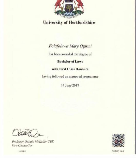 25+ parasta ideaa Pinterestissä University hertfordshire - first class honours