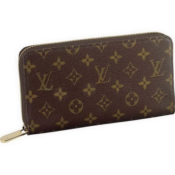 Louis Vuitton Wallet my fav never change it out no matter what purse I carry!
