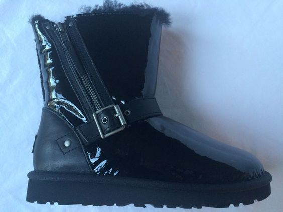 Authentic UGG K Blaise Patent Leather Zipper Boots Kids Leather US Sizes 1 & 2 #UGGAustralia #Boots