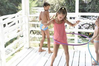 Baby-club, animazione per bambini, campo da calcio, scuola di canoa , mini club, baby dance, sala giochi, videogames, parco giochi. Offriamo il meglio per la felicità dei vostri bimbi, prenotate le prossime vacanze qui da noi. Vi aspettiamo.