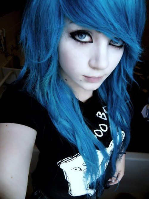 @I Hate Myself there are a lot of pics of you on the internet. emo girl blue hair. I tipped that in and seen alot of pics of you......