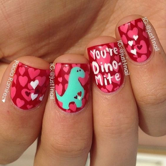 """""""Flashback Friday ! Because my nails broke and look ugly right now :("""""""