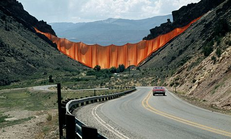 Christo and Jeanne-Claude, Valley Curtain
