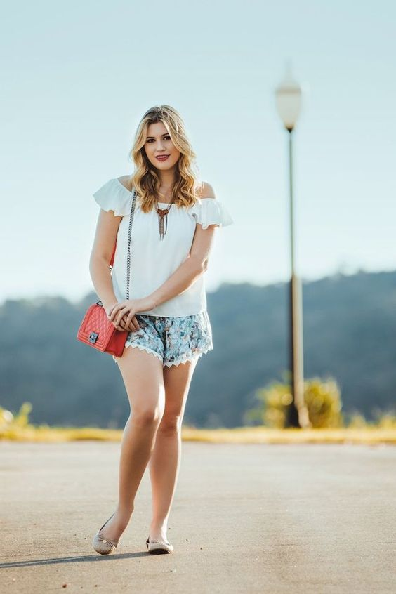 Look do dia: blusa ciganinha + short florido