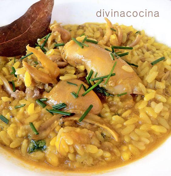 El punto de este arroz meloso con chipirones es un término medio entre seco y caldoso, ve ajustando el caldo de pescado durante la elaboración para que resulte así al final de la cocción.