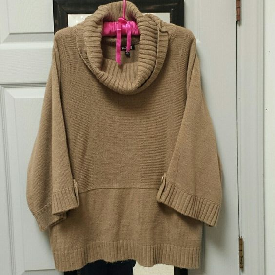 Oversized Sweater Light brown knitted oversized Sweater with scoop ...