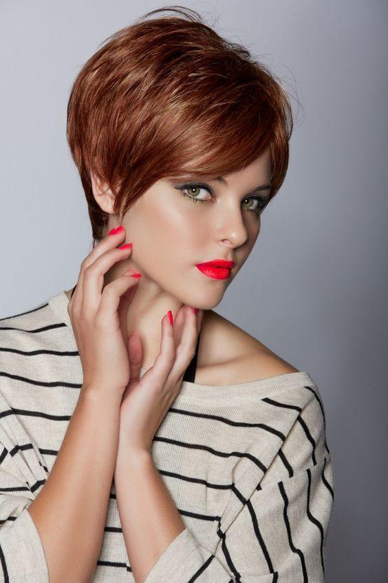 Coiffure Tres Courte Rousse Style De Cheveux Courts Coiffure Courte Modele Coupe Cheveux Court