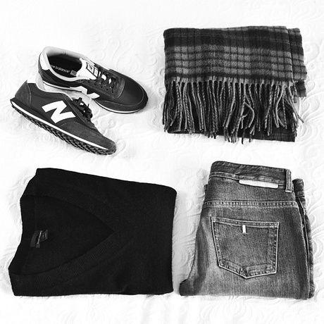 Style - Minimal + Classic : black & grey