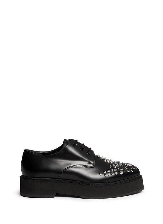 Alexander Mcqueen Stud Vamp Point Toe Creepers in Black