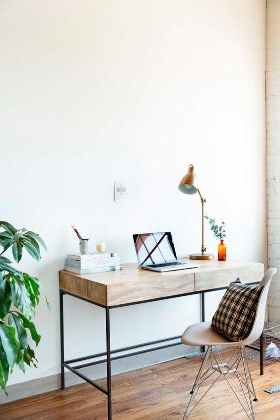 Quand mes amis découvrent mon appartement pour la première fois, ils le trouvent souvent à la fois épuré et cosy. Il faut dire que, si j'ai encore une tendance naturelle au désordre, la maturité (et l'air du temps) m'ont en revanche inspiré un besoin profond de minimalisme dans mon intérieur. Je ne supporte pas les espaces tropLire la suite…