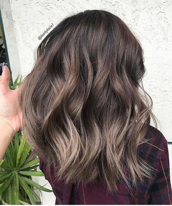 warna rambut jamur kecoklatan