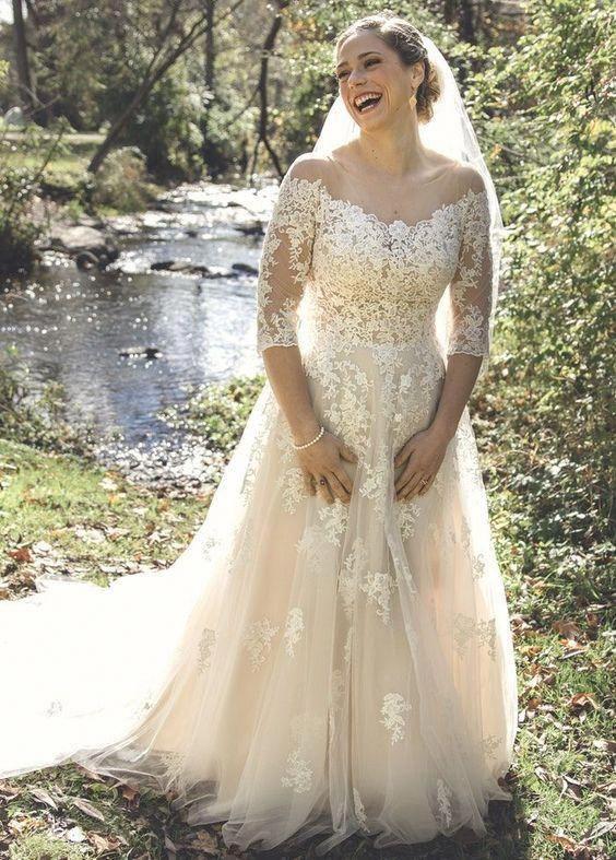 Elegant Half Sleeve Lace And Tulle Plus Size Wedding Dress Daisystyledress Bohemia Maggie Sottero Wedding Dresses Sottero Wedding Dress Petite Wedding Dress