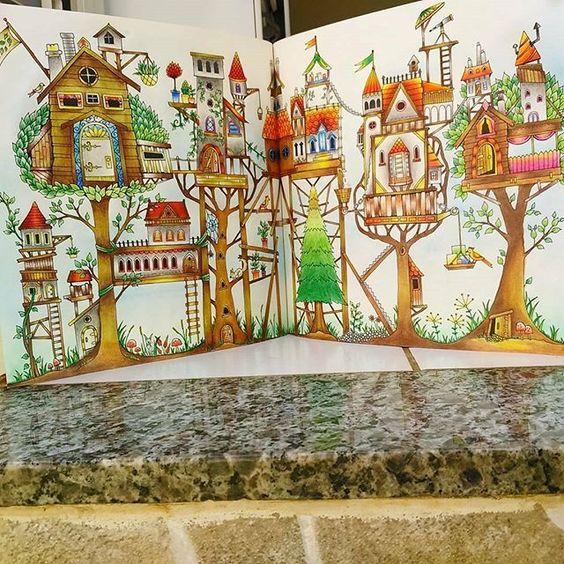 Devagar se vai ao longe! Bonito!  use #colorindolivrostop  @Regrann from @kadureis01 -  DIA A DIA APERTADO, mais sempre tem um tempo para colorir #amo #colorirlivros #colorirlivrostop #lindo #folhadupla #arquiteto #Regrann