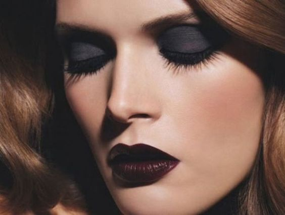 Make up trend najaar 2013 Donkere oogschaduw en matte lipstick