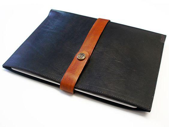 Joe V. Leather || iPad 2 & 3 || Leather Sleeve || €61,34