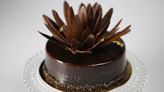Шоколадова торта с панакота пълнеж - Пекарната на Рудолф   24Kitchen