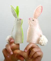 Felt finger bunnies
