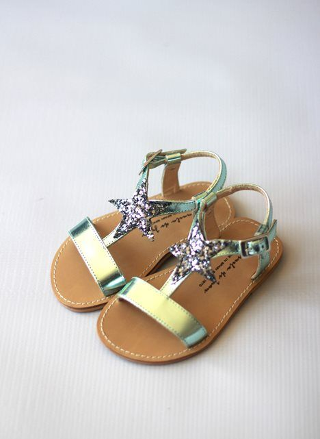 Love these... Too bad they are way too expensive for a toddler :(