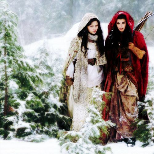 Snow White and Rose Red from Once Upon a Time ... Meghan Ory as Ruby/Red Riding Hood and Ginnifer Goodwin as Snow White/Mary Margaret Blanchard: