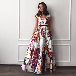 V Neck Florals Maxi Dress