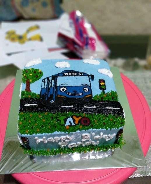 Gambar Kue Mobil Tayo Kue Ulang Tahun Anak Tema Tayo Download Gambar Kue Tart Tema Tayo Gambar Tayo 2019 Download Download Hai Di 2020 Kue Kue Tart Fondant