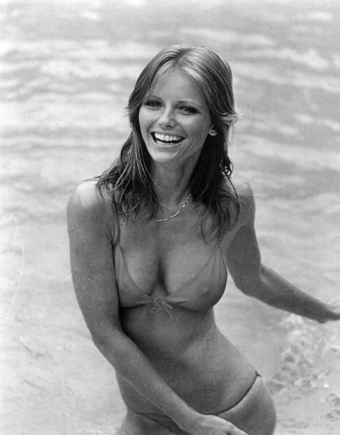 Cheryl Tiegs is one of our favorite SI #swimsuit cover #models. (Even though her 1970 cover included a long-sleeved sweater. Yikes!)