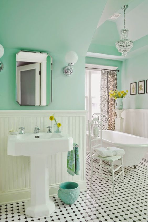 House of Turquoise: Anna Forkum I love the fresh wall color (Benjamin Moore Spirit in the Sky #676),: