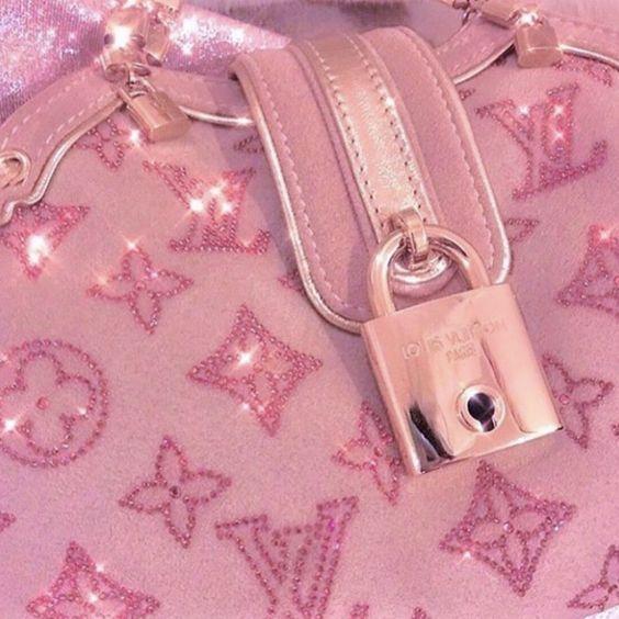 Louis Vuitton Pink Monogram 90 S Inspiratie Inspireren Fashion Fashion Week Trends 2020 L En 2020 Fond D Ecran Pastel Truc Rose Fond D Ecran Colore