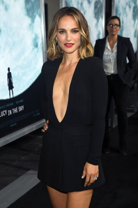 Natalie Portman debuts a new look with a daring hemline and a hair colour change - Vogue Australia