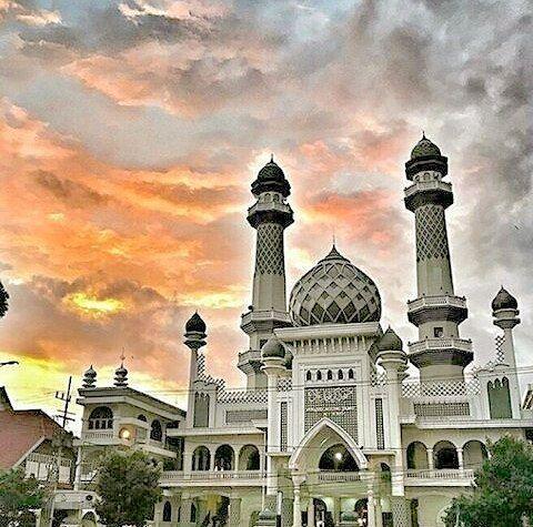 Selamat Malam Jangan Lupa Sholat Guys Dari Putra Ababiel Loc Masjid Jami Malang Yuk Kak Liburan Seru Bareng Bromokita Mau F Taj Mahal Malang Instagram