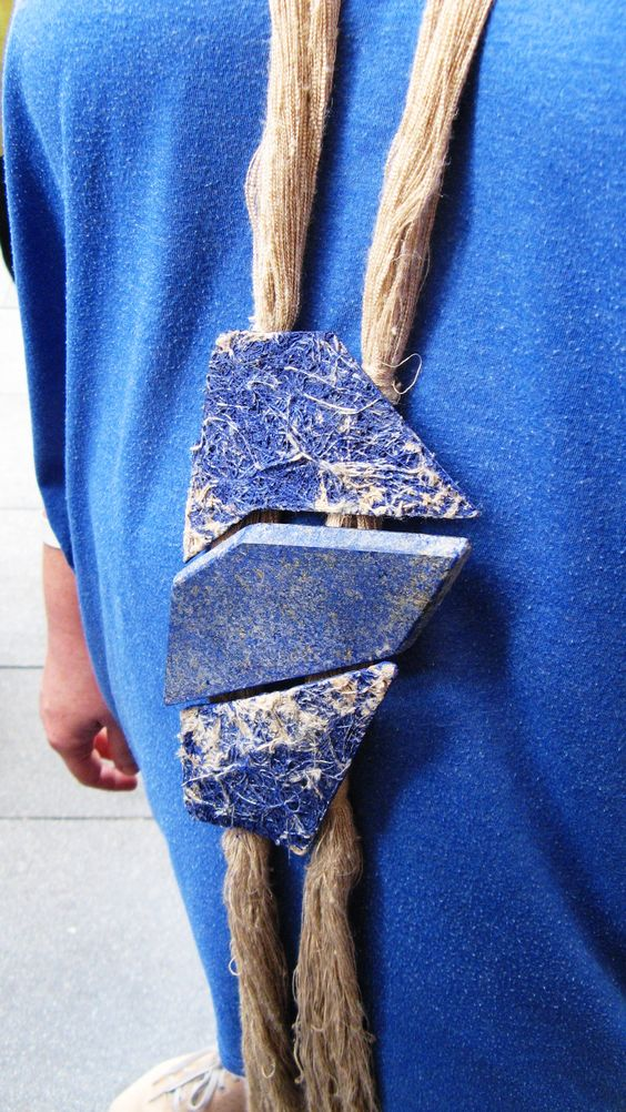 Catalina Gibert - aMARE  necklace - 2013- linen canvas, acrylic paint, lapis lazuli, silver-   detail:
