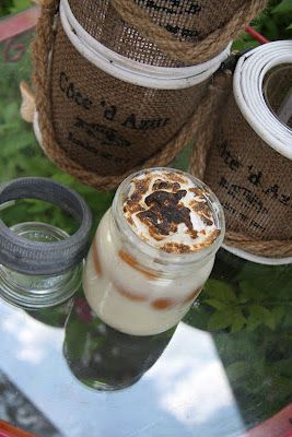 Banana Pudding in jars...how coolio!