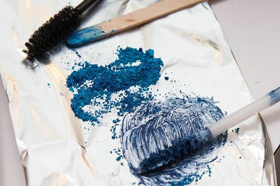 Pin for Later: How to Make Your Own Blue Mascara and Wear Glitter on Your Eyes Make Your Own Mascara
