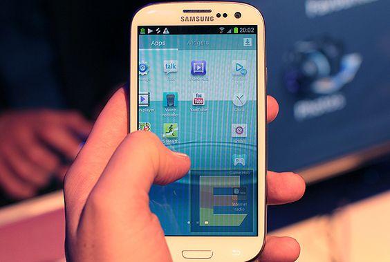 Galaxy S III é eleito o melhor dispositivo móvel do ano
